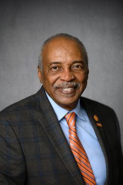 Photo of Dr. Roy Jones